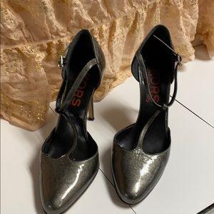 Michael Kors high heel shoe